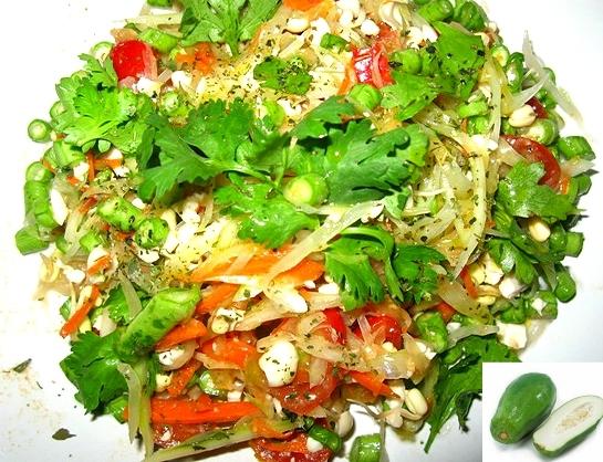 1-1сыроедческий сомтам лечебный салат из зеленой папайи